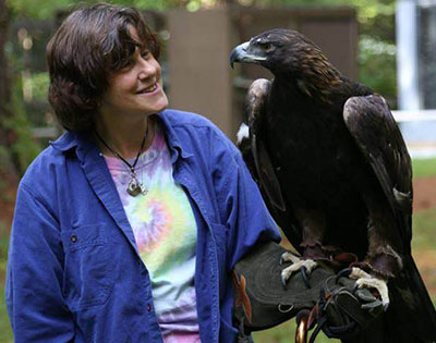 Alan and Mary-Beth, founders of Horizon Wings Raptor Rehabilitation and Education.